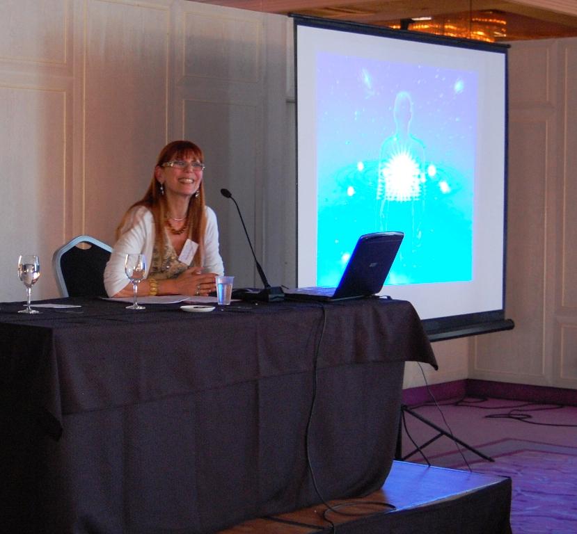 Barcelona 2011 Congreso ibérico de astrología finalizando mi exposición sobre ciclos